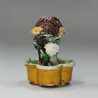 Antique Chinese egg and spinach incense stick holder, Kangxi (1662-1722)