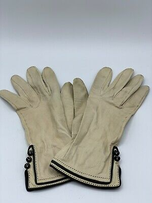 Vintage Genuine Ladies Women's Ivory Cream Leather Driving Gloves Size 7 France