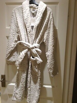 John Lewis Supersoft Fleece Embossed Lyra Robe Dressing Gown. Large-New