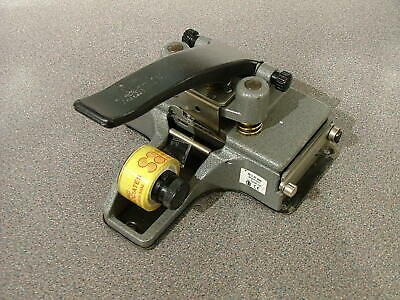 CIR CATOZZO BRANDED M3 35mm TAPE FILM SPLICER - GOOD WORKING ORDER  A