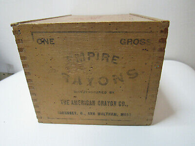 ANTIQUE, EMPIRE CRAYONS, AMERICAN CRAYON CO, small DOVETAILED WOODEN BOX, b127
