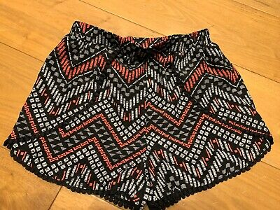 Primark YD girls black and pink patterned shorts age 8-9 years vgc