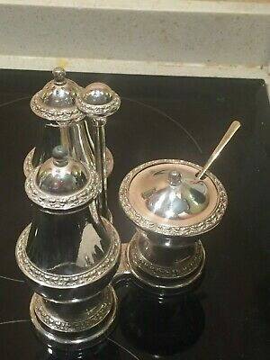 Silver plated Ianthe embossed 3 part curate set on stand