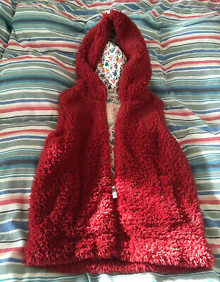Mini Boden Girls Red Fluffy Hooded Gillet Age 9-10 Years Never Worn