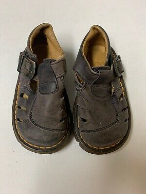 Dr. Martens Leather Buckle Sandals Shoes size 6 Toddlers Youth Kids Childrens