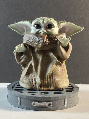The Mandalorian  Baby Yoda The child star wars figurine sculpture figure doll