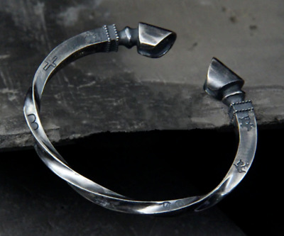 Unisex 925 Solid Sterling Silver Thick Heavy Horseshoe Twist Viking Open Bangle