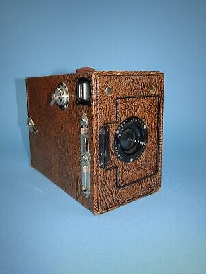 Ensign 2¼B Box camera - Rapid Rectilinear model with wood effect casing