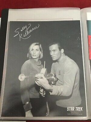 Star Trek Autograph Hand Signed Sally Kellerman As Elizabeth Dehner