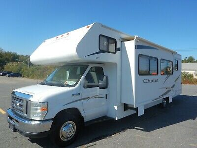 Winnebago Chalet 31ft Class C Motorhome Slide Out V10 Ford E-450 New Tires 2010