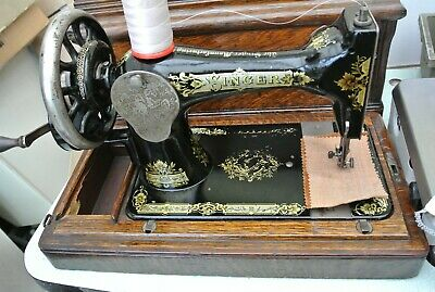 Singer 28K(1905) Hand Crank Vintage Sewing Machine for Home decor, Museum-Office