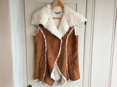 M&S Girls Faux Shearling Suede Fur Gilet Sleeveless Jacket Age 13-14 Years *New*