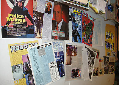 peter weller- ROBOCOP clippings lot of 23 original pieces + 19 trading cards.