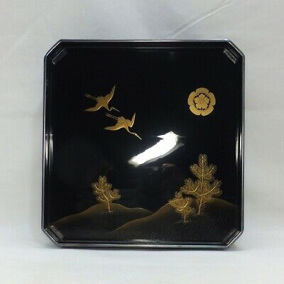 E529: Japanese classy dinner tray of old lacquer ware with very good MAKIE