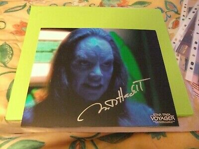 Star Trekk hand signed autograph Martha Hackett As Seska