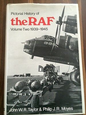 Pictorial History of the RAF, volume 2 1939-1945, 1969 John Taylor, Philip Moyes