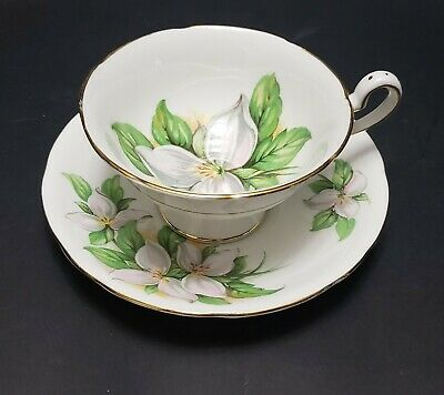 """Vintage Royal Standard Footed  Cup And Saucer """"White Trillium"""" Wide Mouth"""