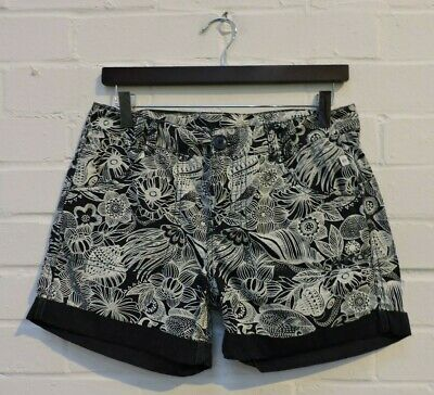 Ladies Animal Navy Mix Floral/Fish Patterned Shorts Size UK 8 #R9-CE