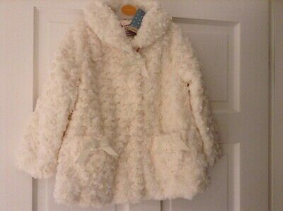 John Lewis Cream Faux Fur Fully Lined Coat Jacket. Age 2 To 3 Years. New Tag