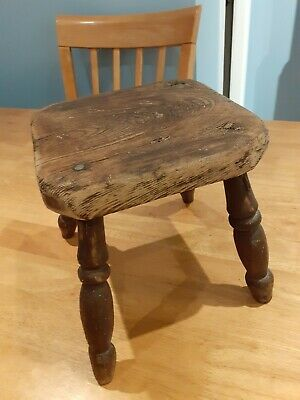 Antique victorian nineteenth century Milking stool