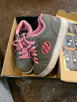 Heelys Girls Black Pink Faux Suede Sneakers Shoes Youth Size YTH 4 Woman 5 W Box