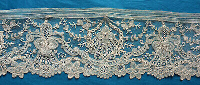 102 cms antique Brussels Point d'Angleterre  lace border