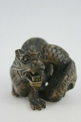 19th Century Japanese Netsuke BoxWood Hand Carved Mean Dragon  SIGNED 5cm