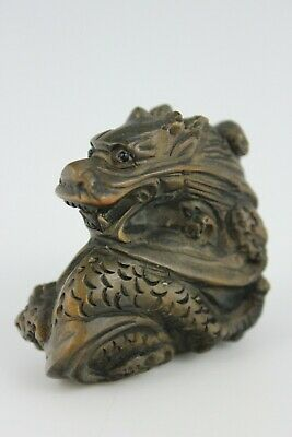19th Century Japanese Netsuke BoxWood Hand Carved Powerful  Dragon  SIGNED 5cm
