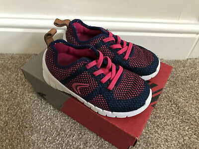 Clarks Girls Sprint Flux Trainers 7.5F 7.5 F