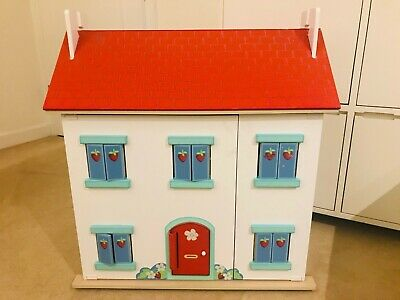 Le Toy Van Strawberry Villa Wooden Dolls House, With Furniture.