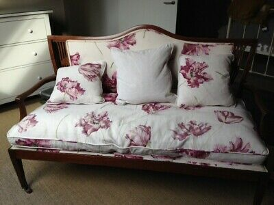 Victorian Mahogany Georgian Two Seat Settle, Cover fabric Manuel Canovas