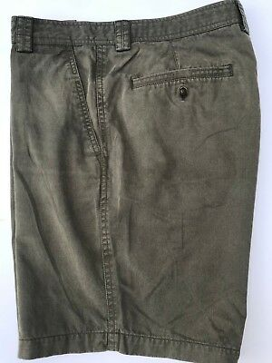 Tommy Bahama Olive Green 60 Tencel 40 Cotton Shorts Exc. Cond. Waist 30