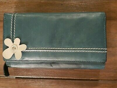 Green leather purse