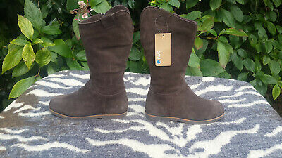 EMU Brown Suede Leather Sheepskin lined Girls Boots UK size 12 EU 31