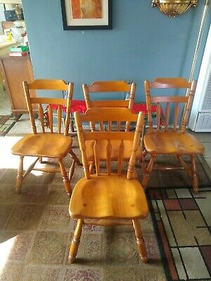 Cushman Colonial Chairs Maple 4  7031 Dining Side Chairs Comb Back Stamped Tag