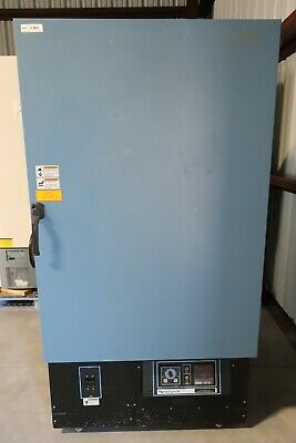 Blue-M Electric CC-13S-M-B Forced-air Upright Laboratory Oven