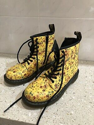Practically Brand New Girl's Doc Martin Floral Boots Size 1