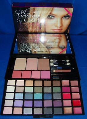 Victoria's Secret GIVE ME Ultimate Studio MAKE UP KIT 55 Must Have Shades NEW