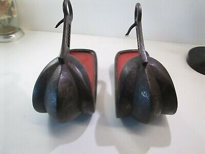 Old Japanese Samurai Armor Iron Wit Silver Inlay Matching Pair Of Stirrups Abumi