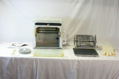 Ronco Showtime Rotisserie & BBQ Oven model 4000 White (with accessories)
