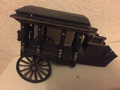 Solid Heavy Cast Iron Horse Carriage