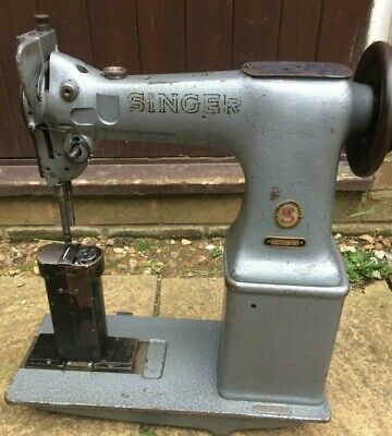 Singer 52W22 Twin Needle Postbed Industrial Lockstitch Sewing Machine Head only