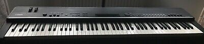 Yamaha Stage Piano CP4. Excellent condition.