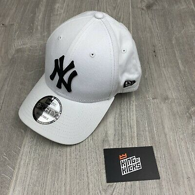 New Era League Essential 9Forty New York Yankees Cap White New