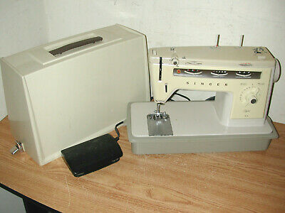 Vintage Singer Stylist 514 Sewing Machine With Foot Pedal And Case