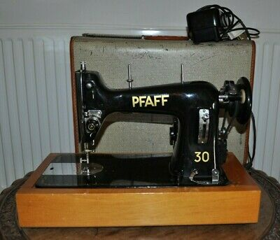 Vintage 50s PFAFF 30 Model 6031 Semi Industrial Heavy Duty Metal Sewing Machine