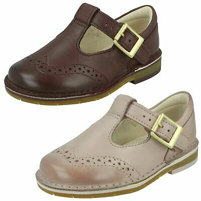 Infant Girls Clarks Casual Brogue Detail Buckled T-Bar Leather Shoes Comet Reign