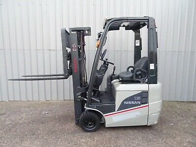NISSAN S1N1L150 .4250mm LIFT. USED ELECTRIC FORKLIFT TRUCK. (#2697)