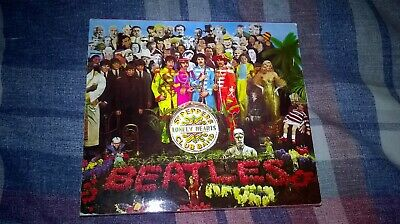 THE BEATLES Sgt PEPPERS LONELY HEARTS CLUB BAND SLIP CASE CD & BOOKLET