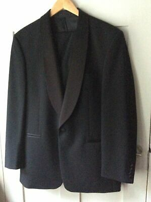 Moss Bros Dinner Suit, Jacket 40R - Troussers 32R (used Twice)